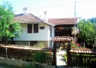 Снимки на Къща за гости Дядовата къща
